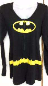 woman's Batman onesie. 1 pc pajama. size large