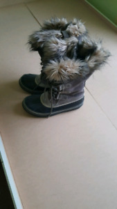 Size 11 Sorel winter boots