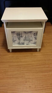 2 Bedside Tables (Ikea) White