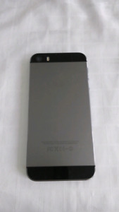 Iphone 5s, 16gb, AS IS, for parts
