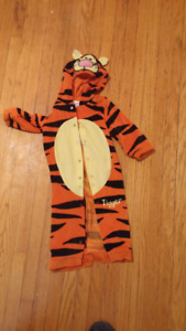 Halloween Costumes, child anf infant