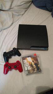PS3 300 gb a vendre,  2 manette 4 jeux