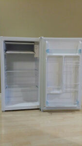 2 Bar Fridges for sale (different kinds)