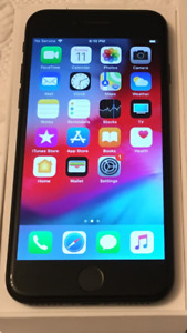Unlocked 32gb Apple Iphone 7 in Perfect Like New Condition