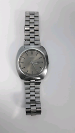 8)Men vintage seiko Automatic watch.