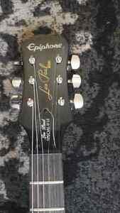 Epiphone electric guitar . Les Paul edition