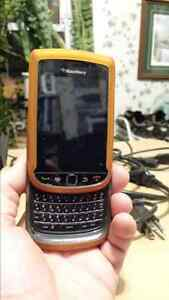 Blackberry Torch 9800 cell phone  Cambridge Kitchener Area image 2