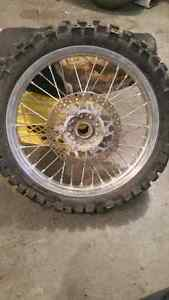 Dirt bike Rear tire 19 excel 160$
