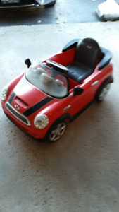 Mini Cooper ride on car for kids