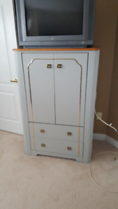 """TV Cabinet with Drawers and 32"""" JVC TV"""