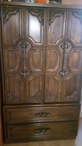 Very spacious and beautiful cupboard
