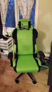 Arozzi Torretta Series Gaming Racing Style Swivel Chair, Green