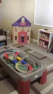 Licensed childcare in Waterloo Kitchener / Waterloo Kitchener Area image 2