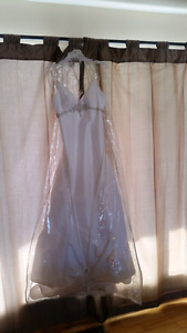 Used wedding dress (please read FULL description if interested)