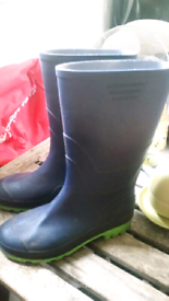 Wellington boots size 6