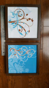 Set of 2 Picture Frames with Designs
