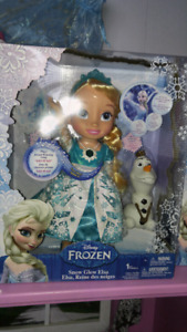 New in Box Snow Glow Elsa