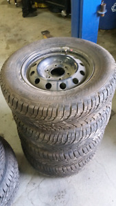 Tires 225/70R16 and rims 6x139.7 winters
