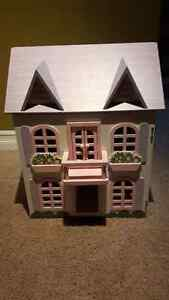 Dollhouse Kitchener / Waterloo Kitchener Area image 1