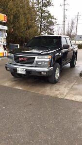 2004 GMC Canyon SLE Pickup Truck