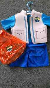 Kids Diego Costume Size 4/5 Cambridge Kitchener Area image 1