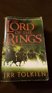 Lord of the rings complete trilogy book.