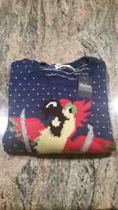 BNWT Hollister Ski Parrot Sweater Size XS Relaxed fit and soft Windsor Region Ontario image 2