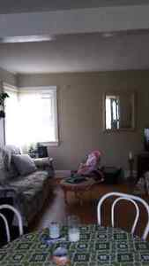 Large 2 Bedroom Apartment close to Kemptville downtown core