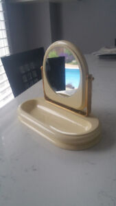 Lovely great quality Vanity Table Mirror