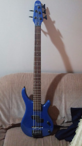 Bently 5 String Bass