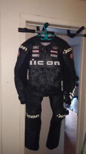 équipements homme moto icon manteaux pantalon soulier
