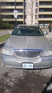 lincon town car 2003