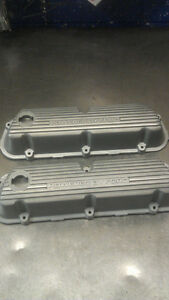 1983-87 Mustang 5.0L Factory Finned Aluminum Valve Covers (USED)
