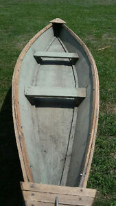 14ft Pirogue Duck Boat for sale