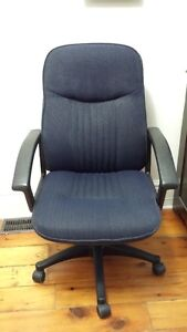 Blue Cloth High Back Desk Chair with Arms