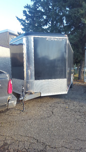 20 FT ENCLOSED WEDGE NOSE TRAILER