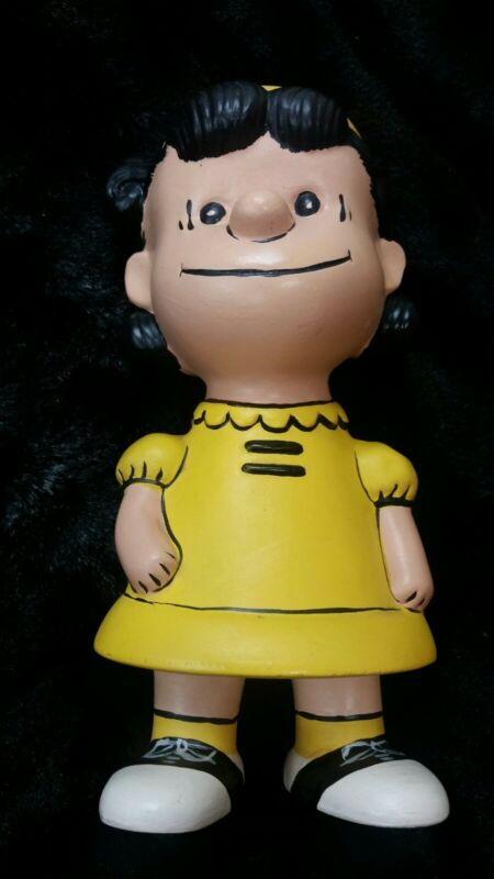 Vintage Peanuts ~Ceramic Hand Painted Lucy Figurine ~9 Inch Tall ~VERY UNUSUAL!!