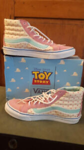 Toy Story Vans Little Bo Peep Shoes, Pink Suede, US Size 10 NM