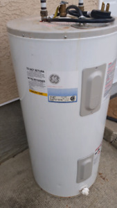 Electric Hot water Tank  (used)