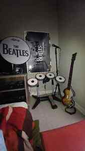 "Kit Rock Band ""The Beatles""+ 2 guit"