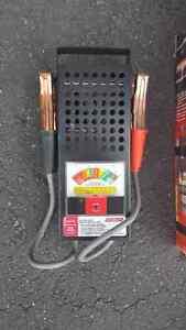 Vérificateur de batteries