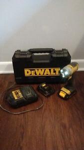 "DEWALT 20V 1/4"" MAX Lithium-Ion Impact Driver"