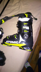 BRAND NEW SKI BOOTS USED ONCE