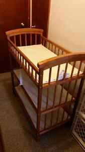 Baby change table with pad