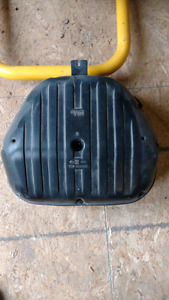 Looking for a 2000-2003 GSXR 750 airbox.