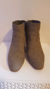 Taupe MTI ankle booties