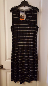 Women's Icebreaker Merino Wool Dress - New With Tags