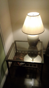 Decor set: 2 glass coffe tables and Ligth.