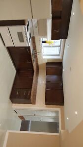 *BEAUTIFULLY RENOVATED 2 BED, 1BATH. $1600 UTILITIES INCLUDED*