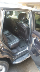 selling Acura 2010 MDX